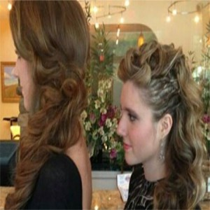 two girls side profile of hairstyles with curls